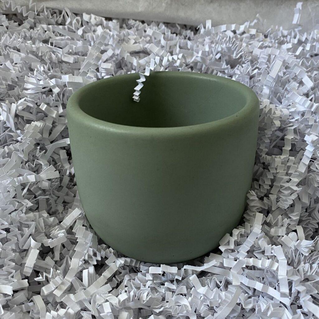 "Tulip Vessel (3"") - teal green - Concrete Days"